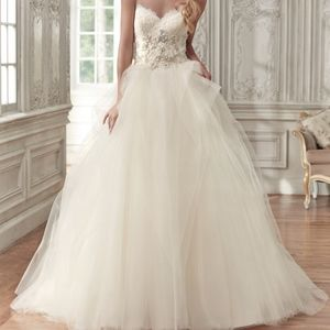 Maggie Sottero Wedding Gown Aracella